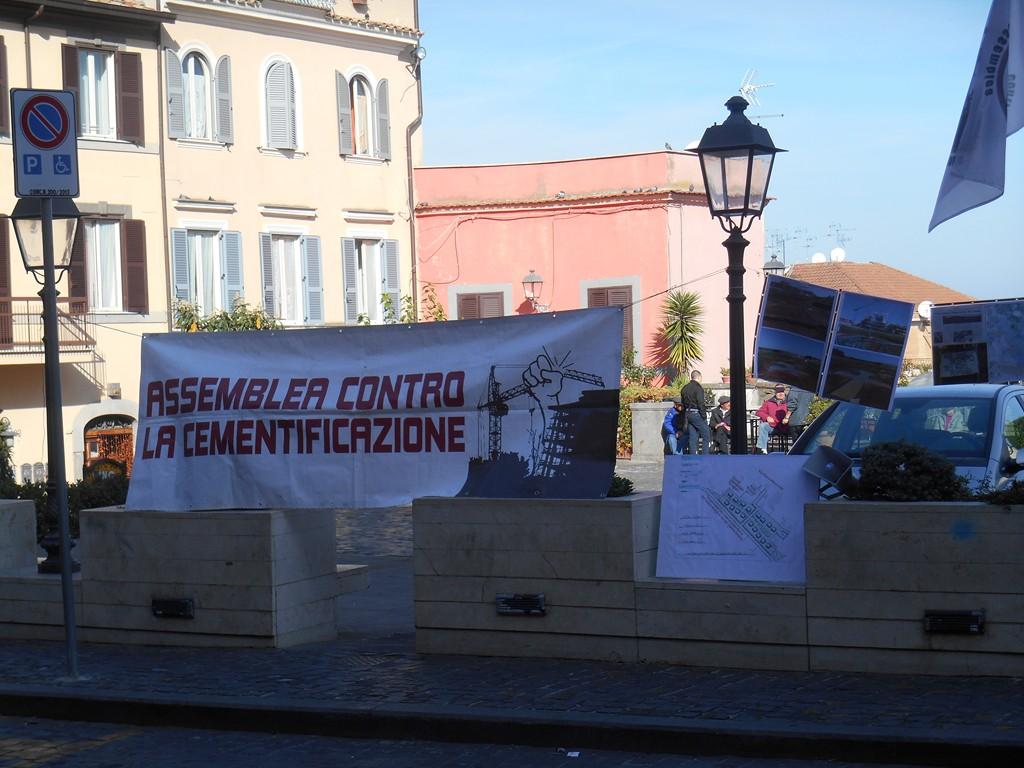 Presidio in piazza S.Barnaba a Marino - 15 novembre 2015