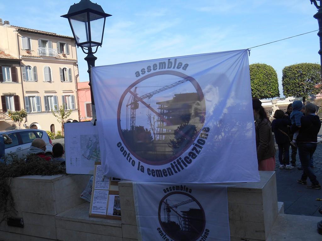 Presidio a S.Barnaba Marino 15 novembre 2015