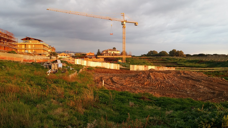 """Parte dell'area Mugilla, nei pressi delle scuole """"Verdi"""" e """"Ciari"""" A? stata recintata"""